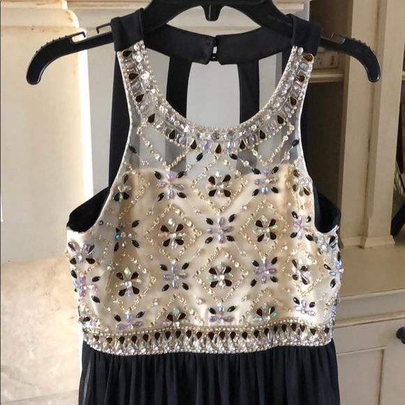 a551eb239 Girls Semi Formal Dress